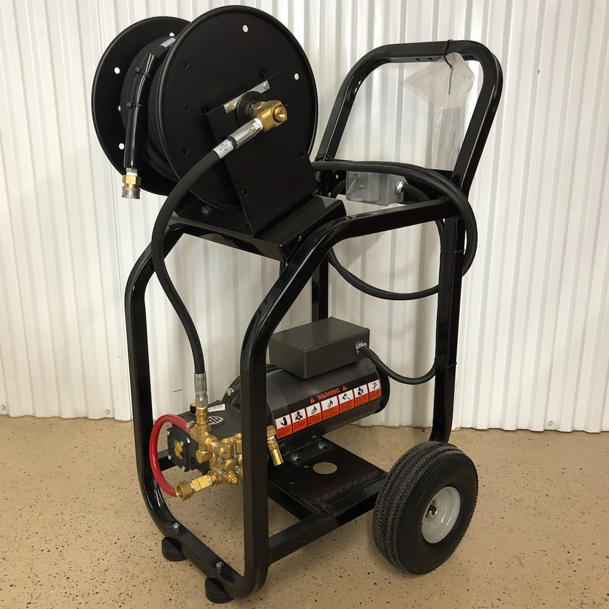 The Same #MB1502ER Cold Water Pressure Washer With Hose Reel